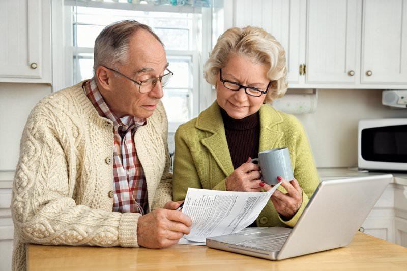 Карточки пенсионерам на продукты в 2017 году
